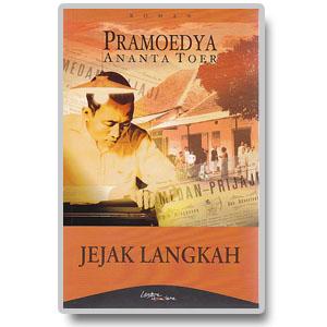 review novel jejak langkah