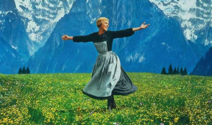 Review film klasik the sound of music